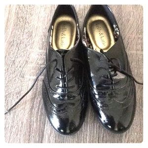 Pattern leather oxford women's size 7